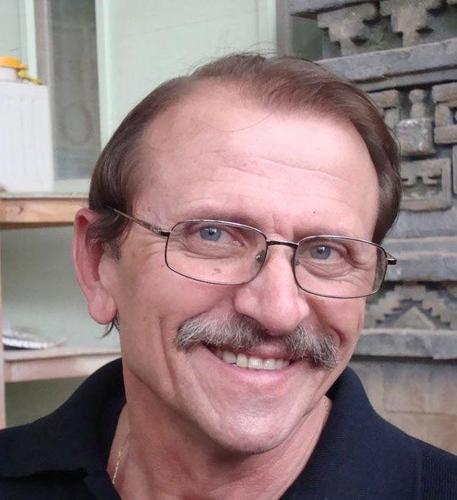 Умер известный кинодеятель, отец музыканта Глеба Матвейчука Алим Матвейчук