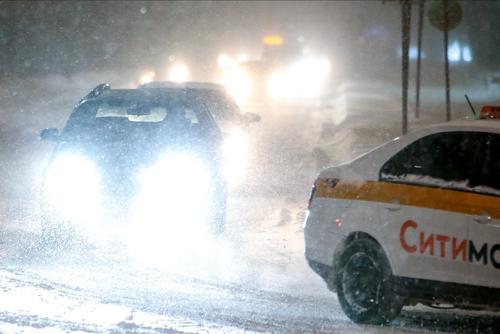 Движение машин на МКАД после столкновения 11 автомобилей восстановлено