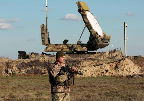 Стрелков: подготовка армии Украины к нападению на республики Донбасса налицо