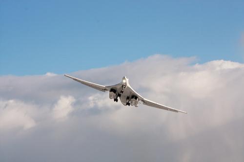Первый модернизированный бомбардировщик Ту-160М прибыл в Жуковский