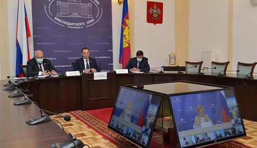 Председатель ЗСК принял участие в заседании Президиума Совета законодателей РФ