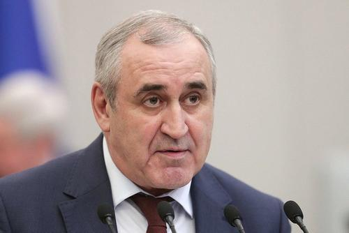Неверов назвал высказывания Байдена проявлением маразма и сумасшествия