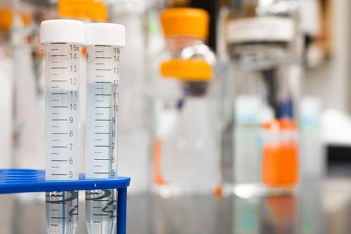 Гинцбург заявил об отсутствии антител  у каждого пятого переболевшего коронавирусом