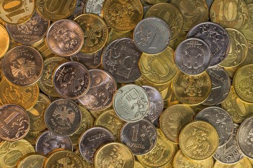 Аналитик Кочетков объяснил, отразятся ли «угрозы Байдена» на курсе рубля