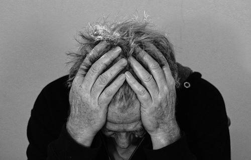 Врачи рассказали о причинах постоянных головных болей