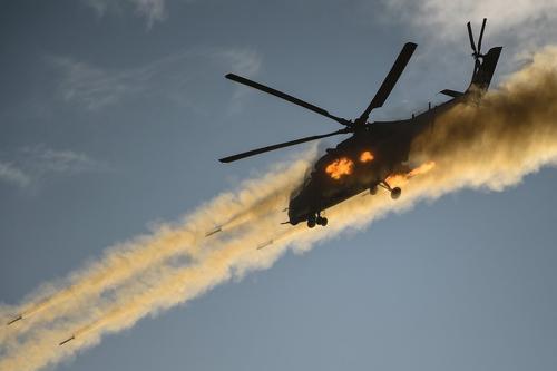 Ударные вертолеты Балтийского флота атаковали морские цели условного противника