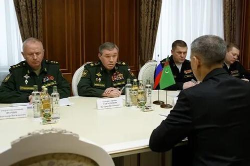 МО РФ сообщает о переговорах начальников Генеральных штабов России и Туркмении