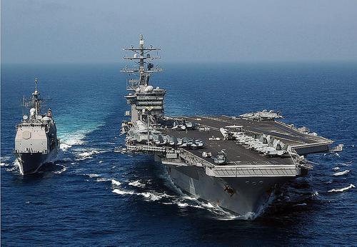 Палубная авиация ВМС США авианосца Dwight Eisenhower начала боевые вылеты на Сирию и Ирак