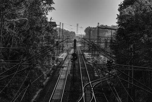 На востоке Москвы человек попал под поезд
