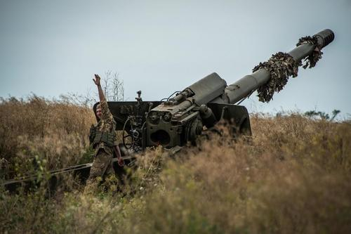 Военкор Котенок сообщил об «ожесточенном» бое между армией Украины и силами ЛНР
