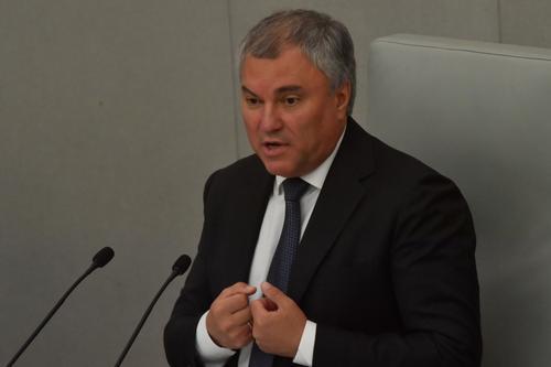 Володин сообщил об ужесточении наказания за пьяную езду после ДТП с рэпером, в котором пострадала сотрудница аппарата Госдумы