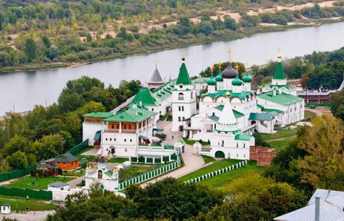 Современные российские реставраторы губят древние памятники архитектуры