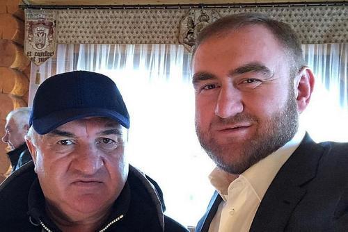 Неужели всё можно купить? Раулю и Рауфу Арашуковым предъявлено обвинение в хищениях и убийствах