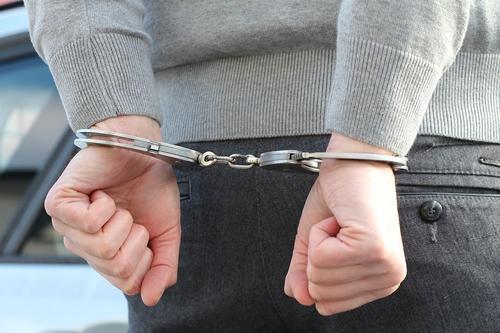В Дагестане бывшего министра труда обвинили в создании преступного сообщества и мошенничестве