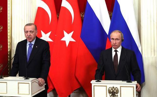 Эрдоган рассказал Путину о противоэпидемических мерах, принимаемых турецкими властями