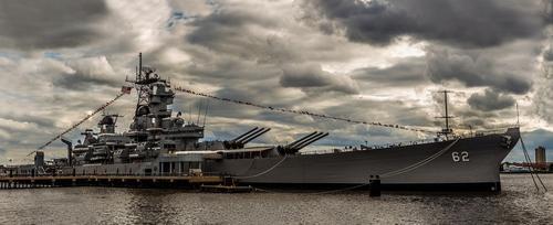 Представитель Шестого флота ВМС США прокомментировал сведения об отправке военных кораблей в Черное море