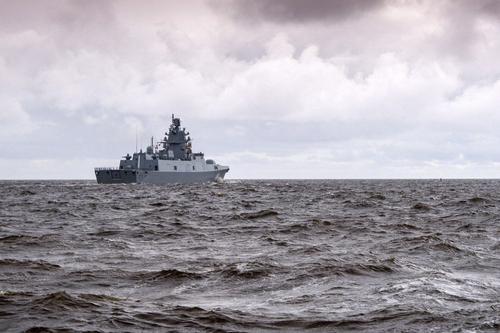 """Фрегат """"Адмирал флота Касатонов"""" проведет учения в Норвежском море"""