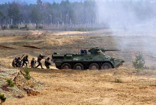 Военный аналитик Кнутов: ВСУ могут пойти на штурм республик Донбасса в конце апреля
