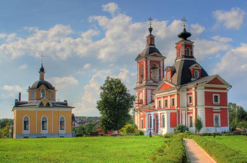 В Новой Москве из храма Казанской иконы Божией матери украли пожертвованное золото