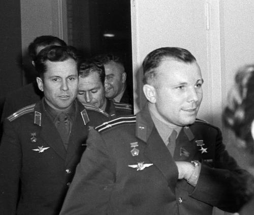 Космонавт Волынов: Никто не знал, кто первым полетит в космос - Гагарин или Титов