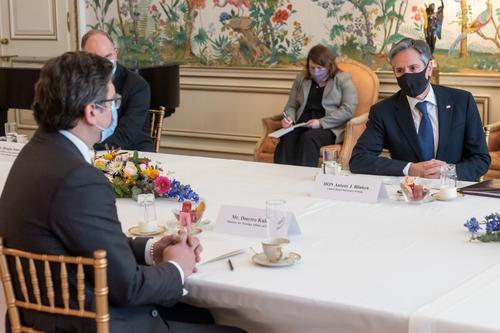 На встрече Блинкена и Кулебы всплыл некий план с «ложным саммитом»