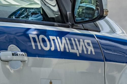 В результате ДТП на трассе в Сочи одна машина оказалась на крыше другой
