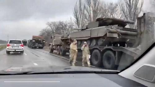 ВСУ наращивают переброску боевой техники на линию фронта