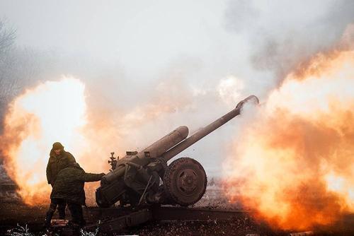 ВСУ обстреливают прифронтовые посёлки Донбасса