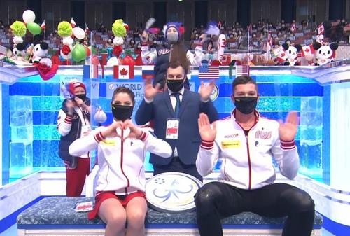 Россияне Мишина и Галлямов стали первыми в короткой программе на командном ЧМ-2021 в Осаке