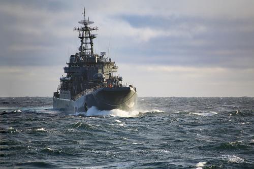 Два больших десантных корабля Северного флота РФ вошли в Чёрное море и направляются в Севастополь