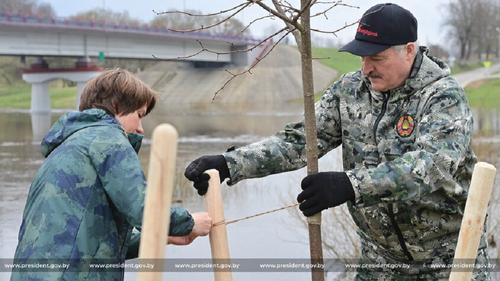 Лукашенко заявил, что вскоре примет «самое принципиальное» решение за 25 лет