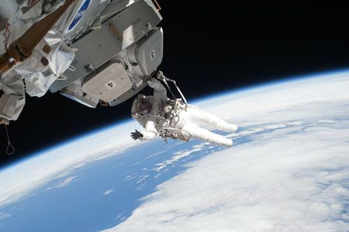 РИА Новости: единственную женщину в отряде космонавтов отправят на МКС