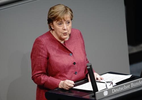 Меркель: «Вокруг «Северного потока — 2» идет политическая борьба, но Германия приняла решение в пользу газопровода»