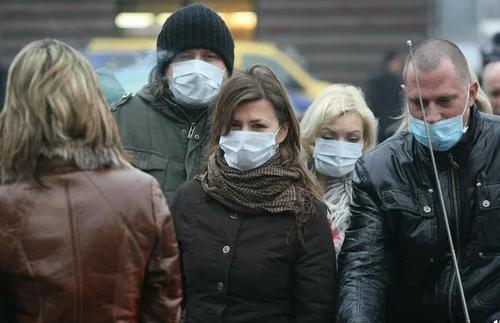 Министр здравоохранения Латвии потребовал установить мораторий на дальнейшее ослабление мер при Covid-19