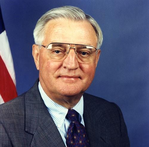 Вице-президент США при Джимми Картере Уолтер Мондейл умер на 94 году жизни