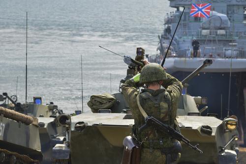 Войсковая российская группировка Крыма отразит высадку десанта вероятного противника в ходе учений