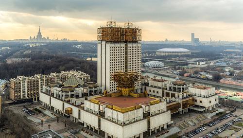 Утечка мозгов из России увеличилась в 5 раз за 9 лет