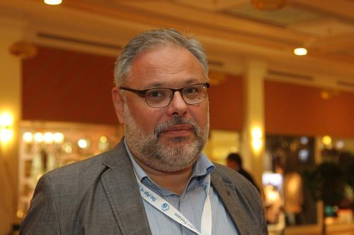 Экономист Михаил Хазин считает спекуляцией инициативу о введении «четырёхдневки» в России