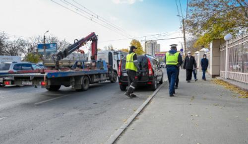 В Челябинске хотят ввести штраф для эвакуаторщиков за порчу авто