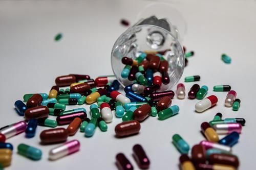 Ученый Сальваторе Коррао назвал сочетание витаминов для снижения риска тяжелых форм COVID-19