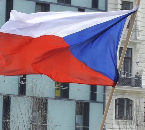 Премьер Чехии вызвал главу Минюста после ее слов о третьей версии взрыва во Врбетице