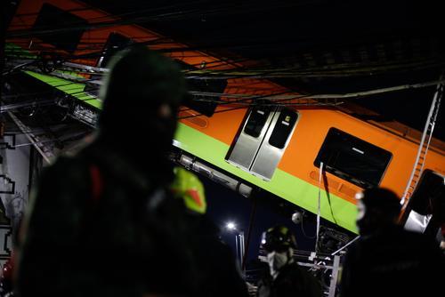 Мэр Мехико сообщила, что число погибших в результате обрушения метромоста увеличилось до 20