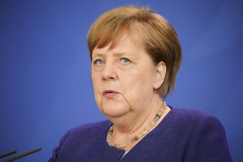 Меркель перечислила свои планы после выхода в отставку