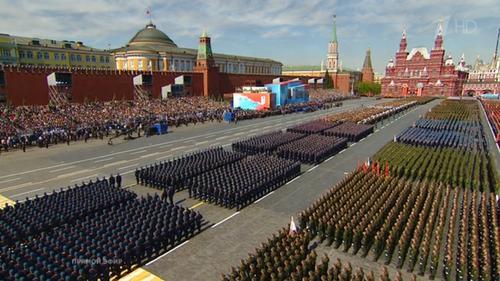 Воздушный парад победы из окна: ловите авиацию в свои фотовидеогаджеты от 10:45 до 10:55 на Северо-Западе Москвы