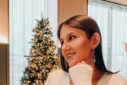 Жители поселка Первомайский рассказали о погибшей блогерше Кристине Журавлевой