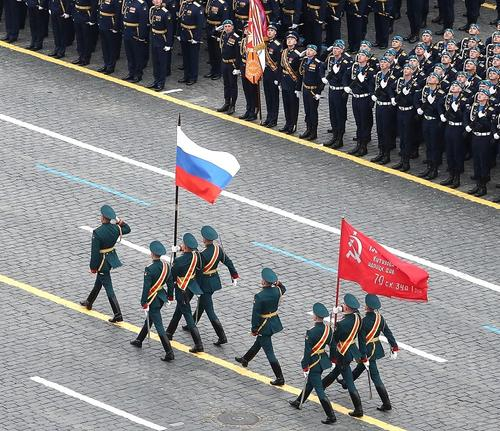 Путин, Шойгу и ветераны дали высокую оценку параду Победы на Красной площади