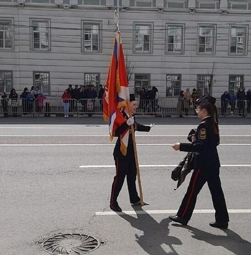 Тверской губернатор наградит потерявшую ботинок курсантку, участницу Парада