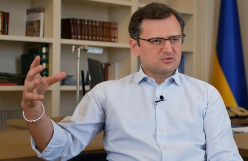 МИД Украины из кожи вон лезет, чтобы пробраться на ближайший саммит НАТО