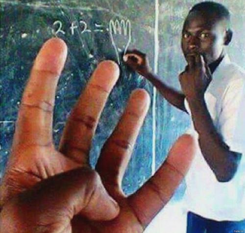 В американских школах отменяют «белую математику»