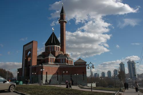 Мусульмане в четверг отмечают праздник Ураза-байрам
